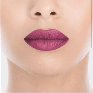 NEW Ofra Long Lasting Liquid Lipstick Sant…
